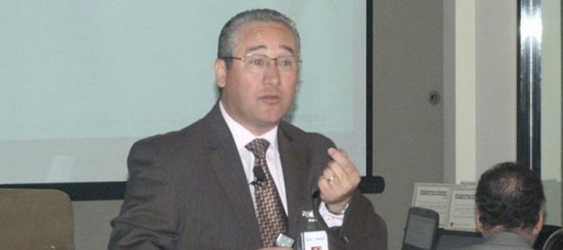 14-perspectivas-lab-pol-eco-2013